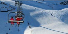 Entre Espagne et France, skier dans les Pyrénées !
